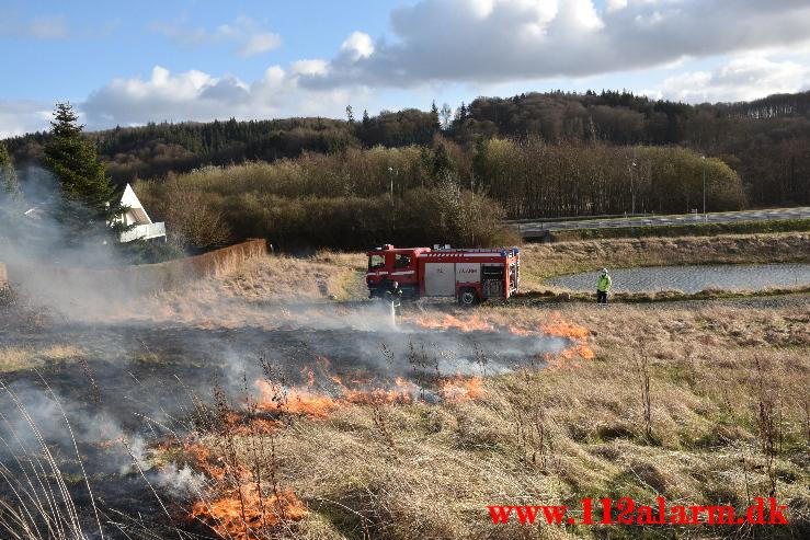 Mindre naturbrand på Mark. Buldalen ved Knabberup. 06/04-2021. Kl. 18:32.