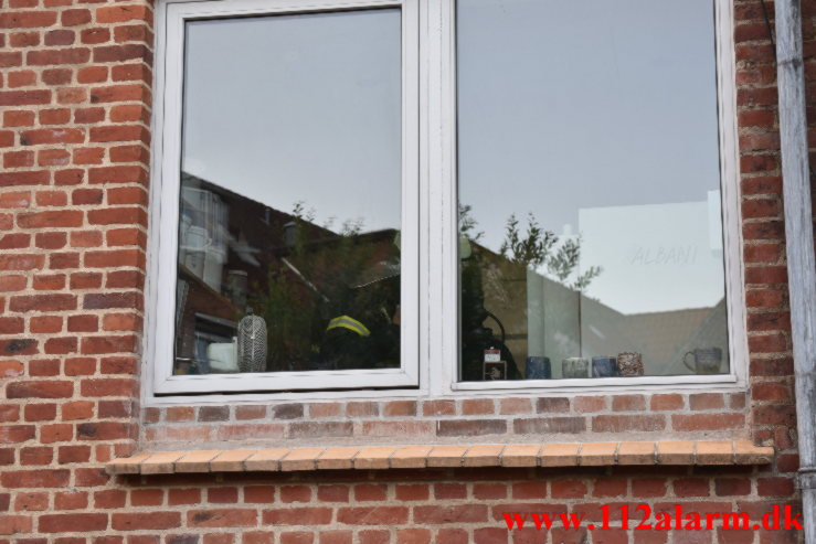 Brand i butik. Vesterbrogade i Vejle. 17/07-2021. Kl. 20:48.