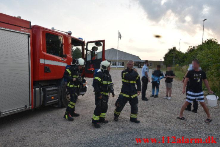 Mindre Brand ved Nørremarkshallen. Grundet Bygade på Nørremarken i Vejle. 24/07-2021. Kl. 20:20.