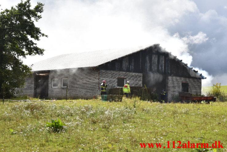 Gårdbrand. Mørkholtvej ved Randbøl. 27/08-2021. Kl. 14:10.
