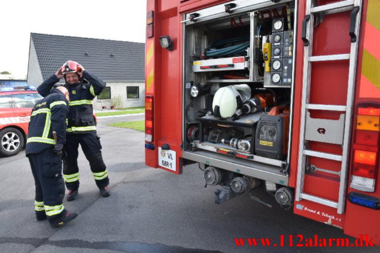 Askebæger satte ild til skuret. Boeskærvej i Vejle. 30/08-2021. KL. 12:10.